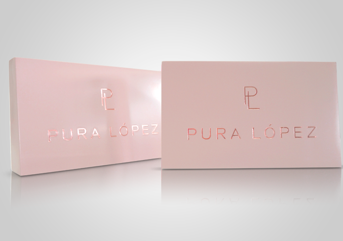 Pura López display rosa